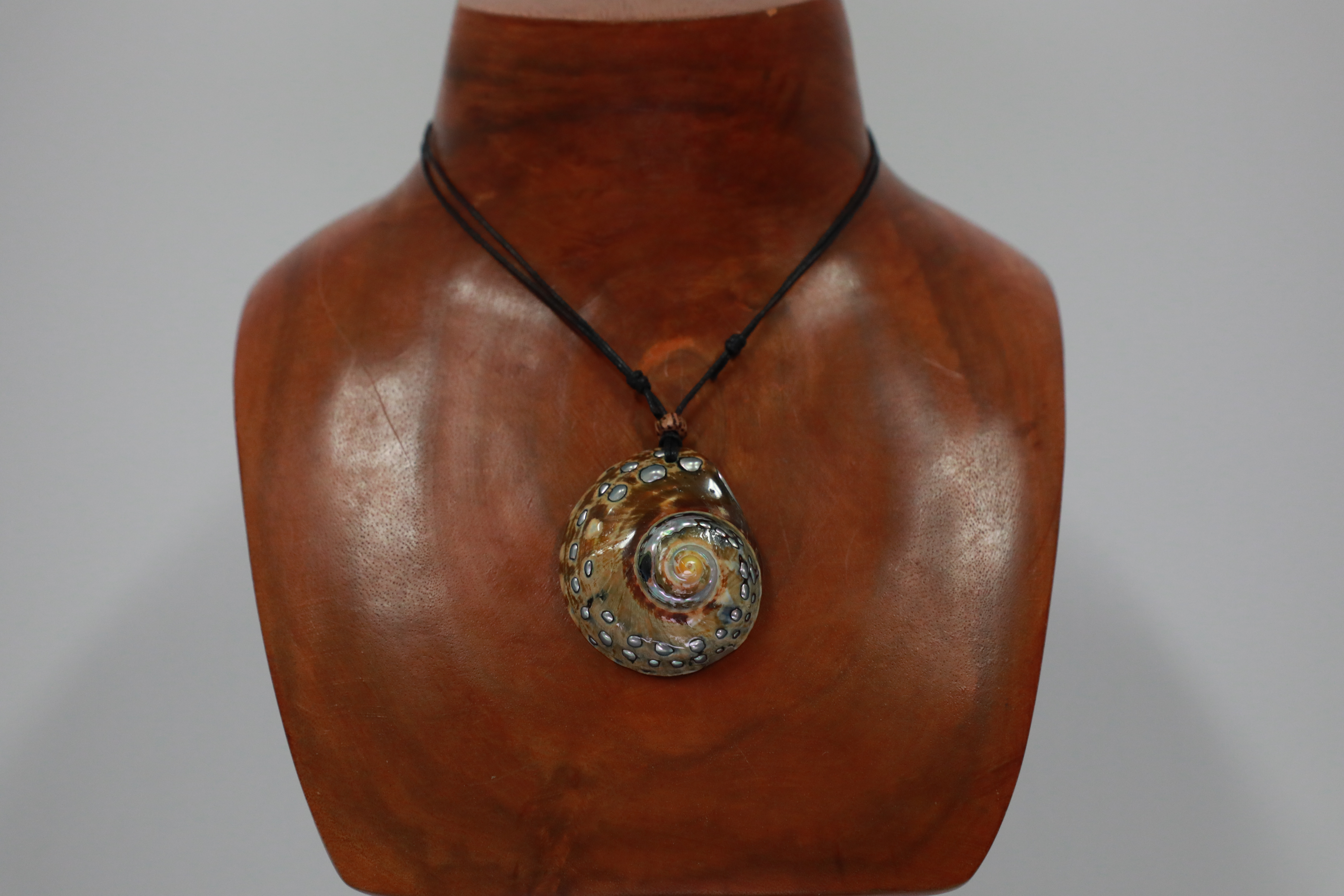 Sarmaticus Shell Necklace
