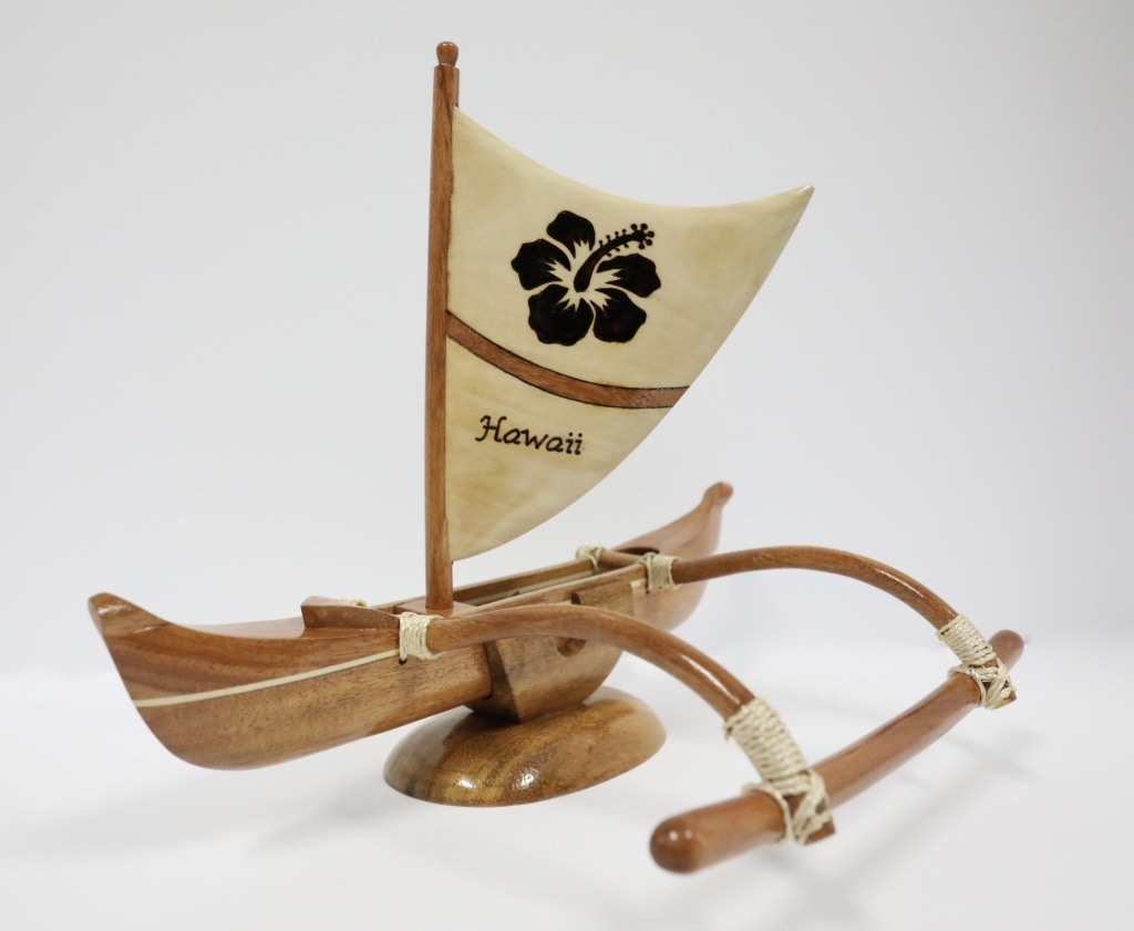 Wood canoe large with sail